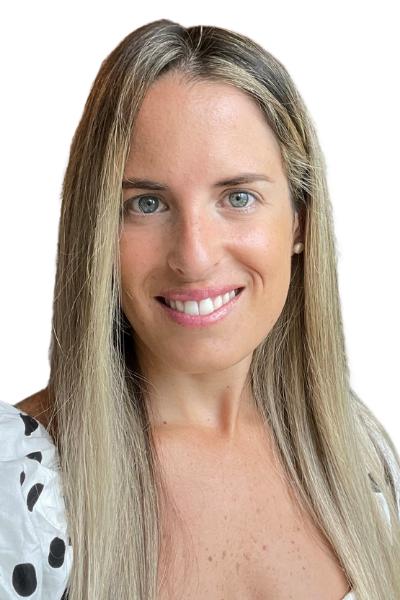 Adriana Uriarte<br>Senior Account Executive</br>