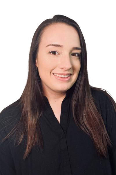 Elizabeth Colburn<br>Sales and Creative Services Coordinator</br>